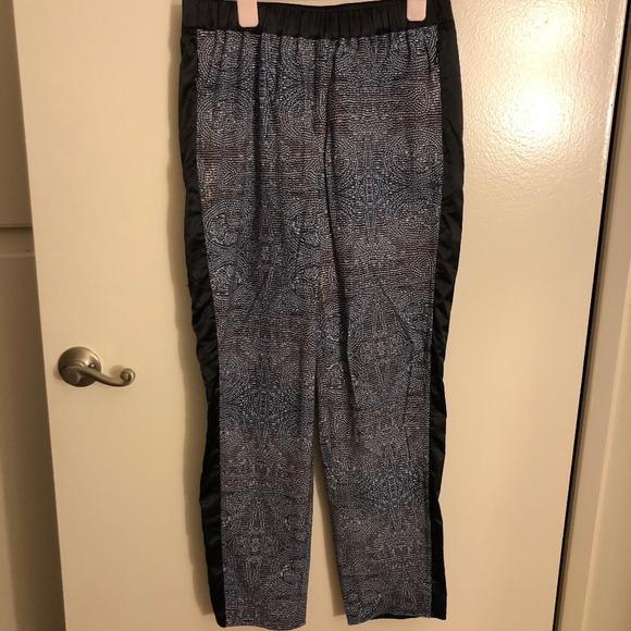 30cfcf9ed BNWT Lululemon Rise   Shine Trouser